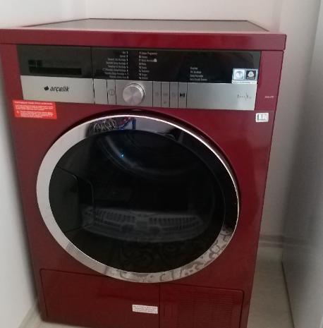 ikinci el arçelik 8 kilo kırmızı çamaşır kurutma makinesi